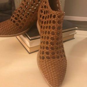 Jeffrey Campbell Kingman Booties Size 7.5